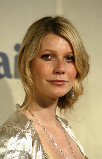 Gwyneth Paltrow at the 2004 Crystal & Lucy Awards -