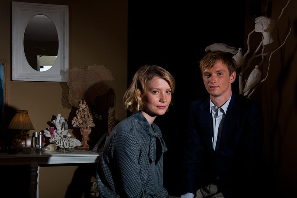 Mia Wasikowska and Henry Hopper at the portrait session of