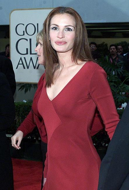 Julia Roberts at the 57th Annual Golden Globe Awards.