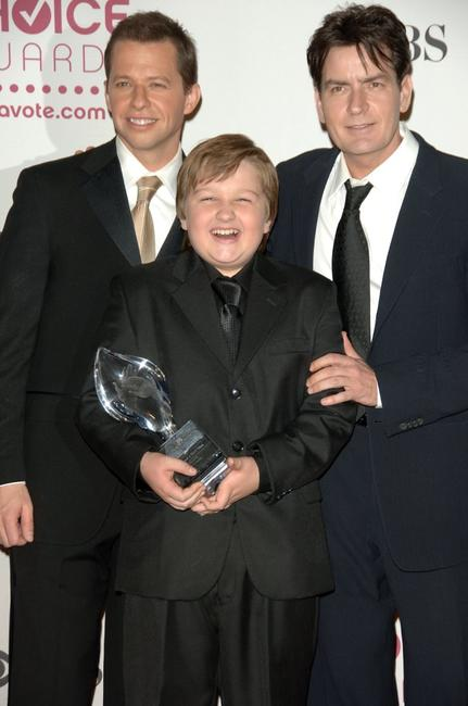 Charlie Sheen, John Cryer and Angus T. Jones at the 33rd Annual Peoples Choice Awards held at the Shrine Auditorium.