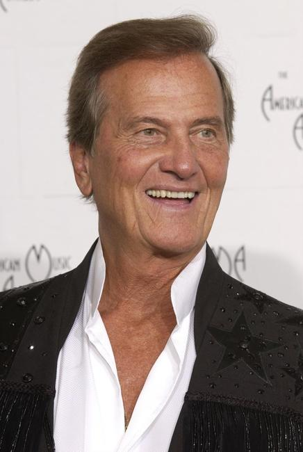 Pat Boone at the 30th Annual American Music Awards.