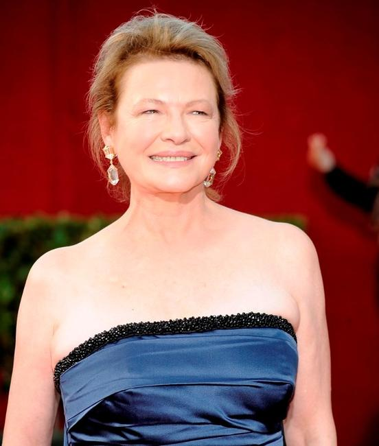 Dianne Wiest at the 61st Primetime Emmy Awards.
