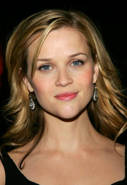 Reese Witherspoon at the 2005 New York Film Critics Circle's 71st Annual Awards Dinner.