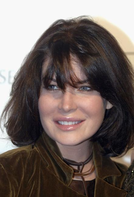 Lara Flynn Boyle at the opening of Ken Paves new hair salon.