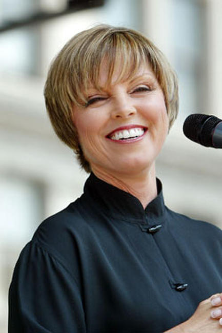 Pat Benatar performs in Union Square Park May 27, 2004 in New York City.