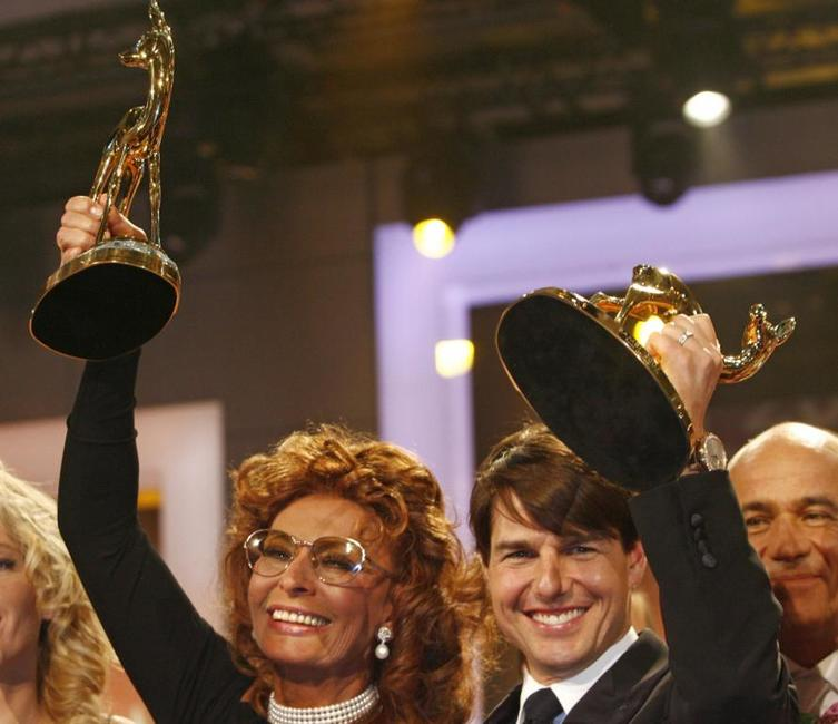 Tom Cruise and Sophia Loren at the Bambi media prize awards.
