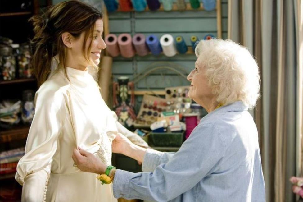 Sandra Bullock and Betty White in