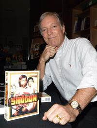 Richard Chamberlain at the Virgin Megastore Hollywood to promote the DVD launch of the television series