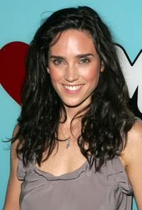 Jennifer Connelly at the MTV's Total Request Live.