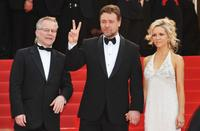 Bernard Marquet, Russell Crowe and Danielle Spencer at the France premiere of