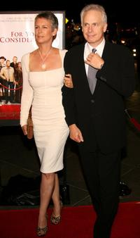 Jamie Lee Curtis and husband, director Christopher Guest at the Premiere of