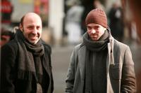 Director Cedric Klapisch and Romain Duris on the set of
