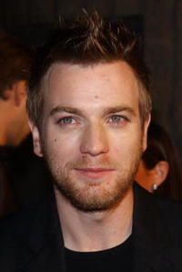 """Ewan McGregor at the premiere of the film """"Black Hawk Down"""" in Beverly Hills."""