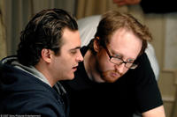 Joaquin Phoenix and director James Gray on the set of