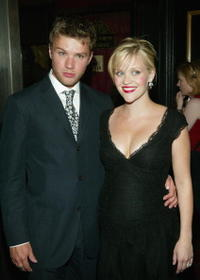 Ryan Phillippe and Reese Witherspoon at the premiere of