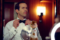 Jason Lee as Dave and Alvin in ``Alvin and the Chipmunks: Chipwrecked!.''