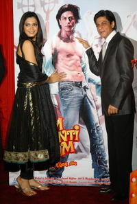 Deepika Padukone and Shah Rukh Khan at the photocall of