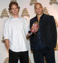 Paul Walker and Vin Diesel at the 2002 MTV Movie Awards.