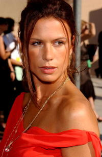 Rhona Mitra at the 2004 Primetime Creative Arts Emmy Awards in L.A.