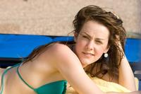 Jena Malone as Amy in