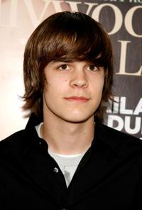 Johnny Simmons at the Hollywood Life Magazine's 9th Annual Young Hollywood Awards.