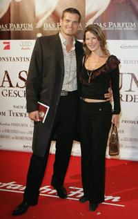 Gotz Otto and his wife Sabine Louys at the world premiere of