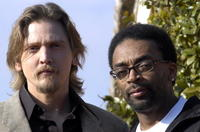 Barry Pepper and Spike Lee at the promotion of