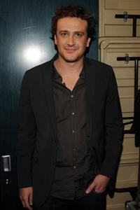 Jason Segel at the MTV's Total Request Live.