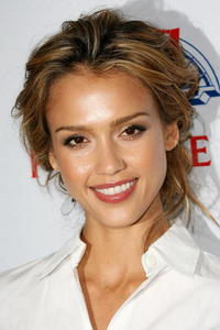 Jessica Alba at the seventh annual El Sueno De Esperanza Gala in L.A.