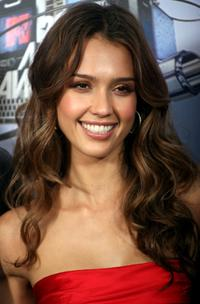 Jessica Alba at the 2007 MTV Movie Awards.