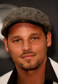 Justin Chambers at the 2007 American Music Awards.