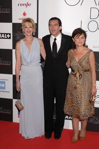 Melanie Griffith, Antonio Banderas and Carmen Calvo at the premiere of