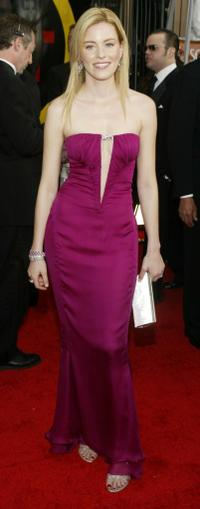 Elizabeth Banks at the 10th Annual Screen Actors Guild Awards.