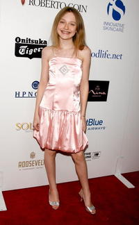 Dakota Fanning at the Hollywood Life Magazine's 9th Annual Young Hollywood Awards.
