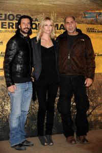 Jose Maria Yazpik, Charlize Theron and Guillermo Arriaga at the photocall of
