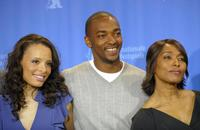 Antonique Smith, Anthony Mackie and Angela Bassett at the photocall of