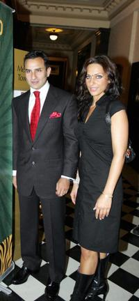 Saif Ali Khan and his girlfriend at the promotion of 2010 Commonwealth Games.