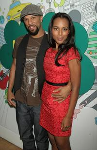 Common and Kerry Washington at the MTVs Total Request Live.