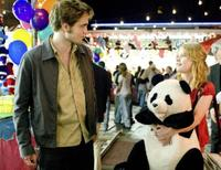 Robert Pattinson and Emilie de Ravin in