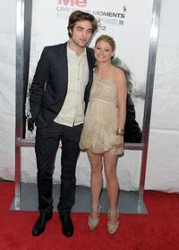Robert Pattinson and Emilie de Ravin at the New York premiere of