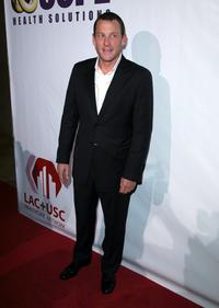 Lance Armstrong at the evening with Larry King and friends charity fundraiser.