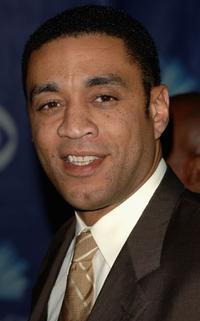 Harry J. Lennix at the 32nd Annual People's Choice Awards.