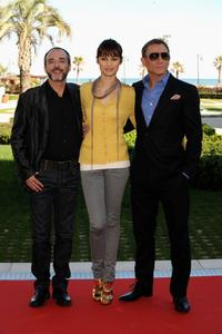 Fernando Guillen Cuervo, Olga Kurylenko and Daniel Craig at the photocall of