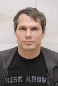 Shepard Fairey at the conference on Making Art And Commerce Thrive In The Hybrid Economy.