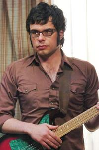 Jemaine Clement on the set of