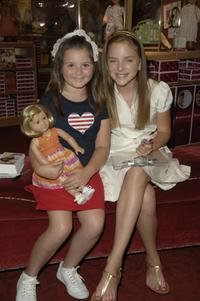 Madison Davenport with fans at the signing of