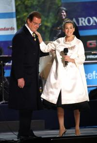 Roger Moore and Sarah Jessica Parker at the UNICEF Crystal Snowflake Outdoor Entertainment And Lighting Ceremony.