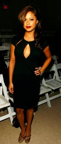 Vanessa Minnillo at the Monique Lhuillier Fall 2007 fashion show during the Mercedes-Benz Fashion week.