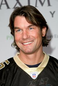 Jerry O'Connell at the MAXIM Magazine kicks off Super Bowl weekend.