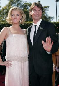 Jerry O'Connell and Rebecca Romijn at the 59th Annual Primetime Emmy Awards.